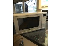 Panasonic microwave 900w only 2 months old