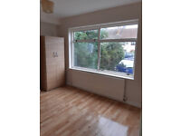 Furnished Studio Flat Available in Brent -Housing benefit Accepted (All bills included) free wifi