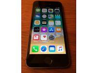 iPhone 5s 16gb unlocked. Rear camera not working