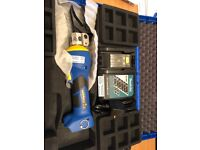 Klauke ES 32F Battery Powered Hydraulic Cutting Tool New and unused!