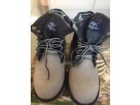 Timberland junior boots uk size 4 nearly new