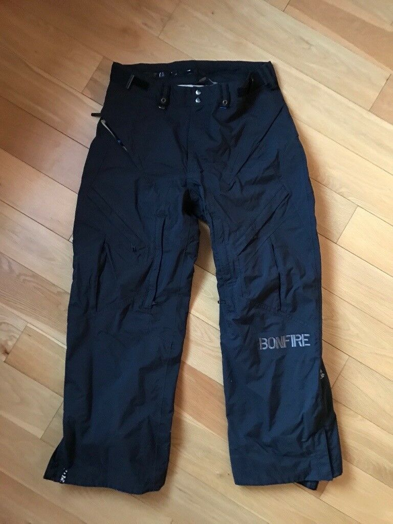 Mens Skiing Jacket and Trousers