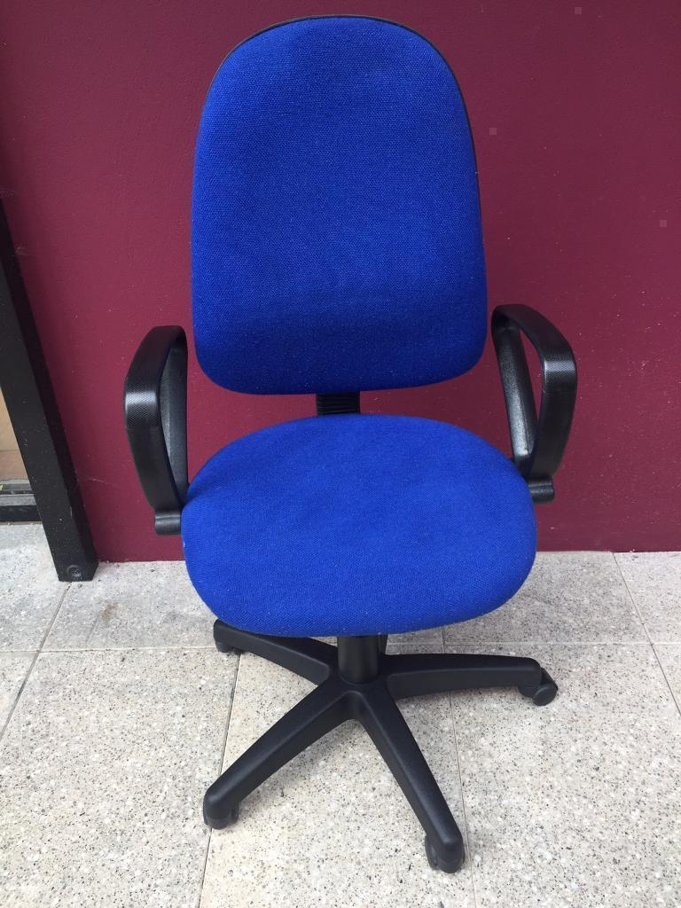 Blue operators office chair with arms