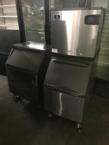 2 Manitowoc 200lb and 300lb ice machines ( like new ) can ship save $$$