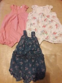 Baby girl clothes Age 0-3 months, in great condition.