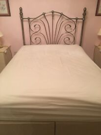 4ft 6 double divan bed