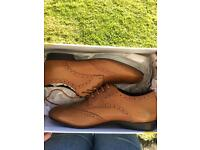 Tan leather brogues UK 8