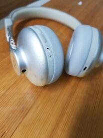 Wireless marley headphones.