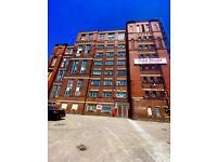 Large 4,200sqft PREMIUM Industrial Storage Warehouse Unit, Chadderton, 3mins M60