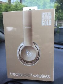 Beats by Dre Solo2 Wireless Headphones - Gold.NEW