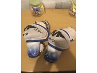 Mission ice hockey elbow pads size jr large