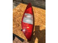 Ford Mondeo Mk3 estate nearside rear light Essex Ss17