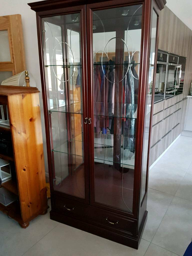 Mahogany mirrored display cabinet