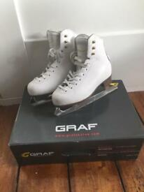 Ice Skates - great condition