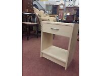 Maple coloured bedside cabinets. Delivery can also be arranged if required.