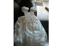 Wedding dress size 12/14 (pronuptia) Vail and head dress