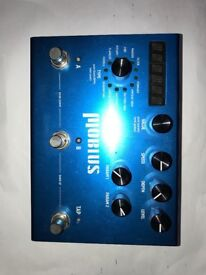 Strymon möbius multi effects pedal.