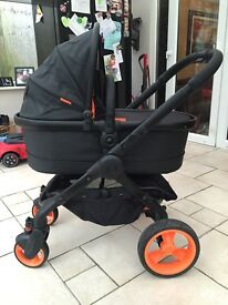 Icandy peach DC sport Limited edition with carry cot And car seat