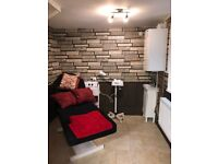 Letting 4 barber chairs and beauty rooms