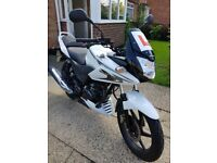 Honda CB125F 2014 in White