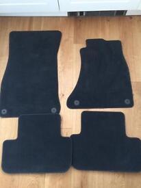 Tailored car mats for Audi A4