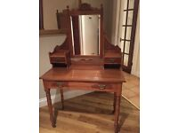 Pretty Antique Dressing Table in good condition