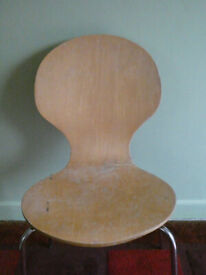 Shaped wooden ply chair