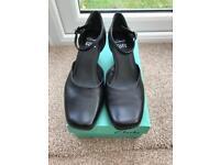 Ladies Clark's shoes size 7