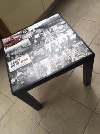 New - British theme table