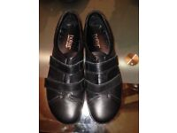 Women's hotter shoes size 4