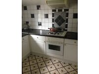 VERY NICE 3 BED FLAT IN CHIGWELL