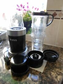 Vivo Blizzard 12 piece nutrient blender.... only used a few times