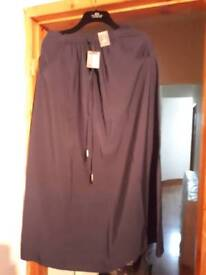 NEW WITH TAGS SIZE 8 LONG NAVY SKIRT