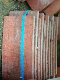 Job lot of a selection of roof tiles size 265 x 165mm (Rosemary & Concrete) - Reclaimed & New-300pcs