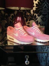Pink Nike air max ladies size 4