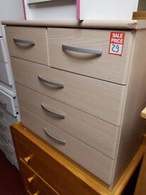 hallingford 3+2 drawrer chest light oak