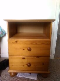 3 pine bedside table £5 each!!