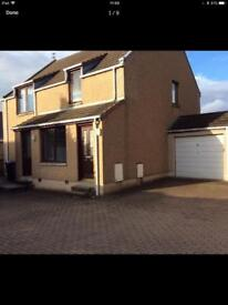 2 Bedroom ground floor flat for rent. Very central Inverurie with dedicated parking space.