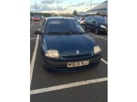 Blue Renault Clio alize 2000. 1390 engine, petrol. 56,000 mileage. Great first car!