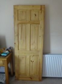 Solid pine 6 panel door excellent condition varnished to fit 1981 x 762 x 35 mm (6`6` x2`6` x 1/3/8)