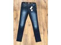 NEW Womens GUESS Skinny Jeans Navy Size 28 Length 32 100% Genuine