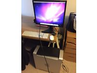 Mint Condition Mac Pro (3,1) Setup, including monitor, mouse and keyboard