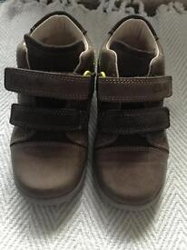 Clarks boys boots size 7F brand new