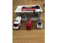 Toy emergency service station