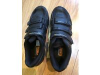 Muddy Fox size 5 clipless cycling shoes