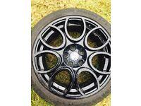 18' Alfa cloverleaf wheels in black