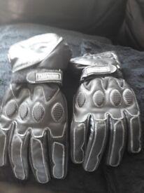 Thermal bikers gloves