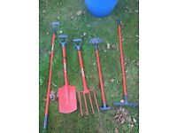 Full set of 5 garden tools