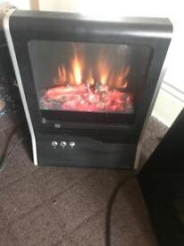 Lloytron Living Flame Electric Fire 2000W