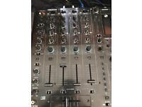 Reloop RMX-80 4 channel mixer